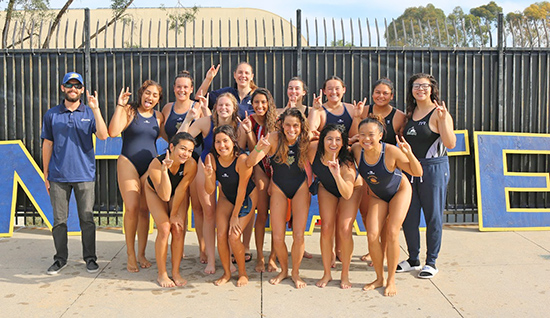 UCI Campus Recreation - Anteater Club Sports: Women's Water Polo Picture
